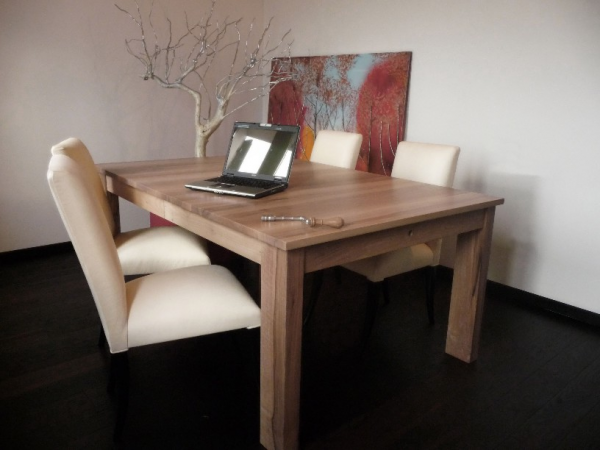 MODERN ENGLISH RECTANGULAR TABLE